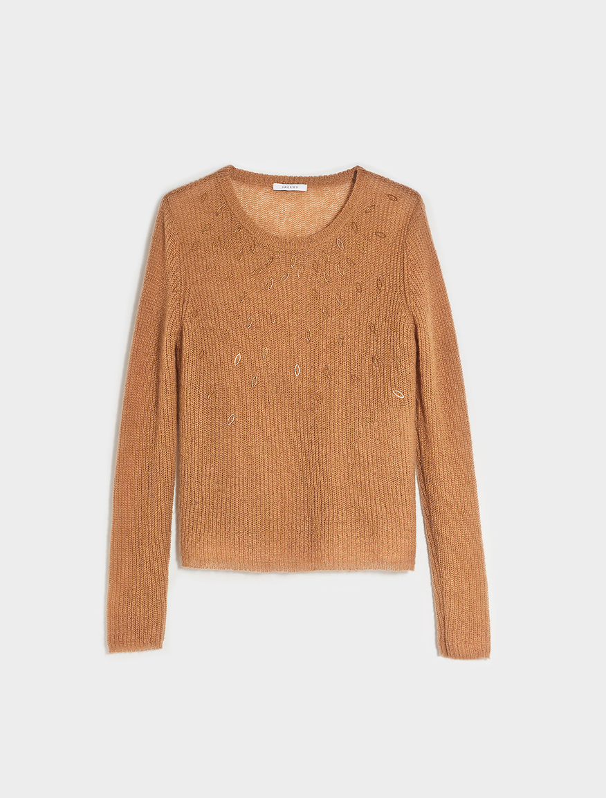 Loose fitting jumper