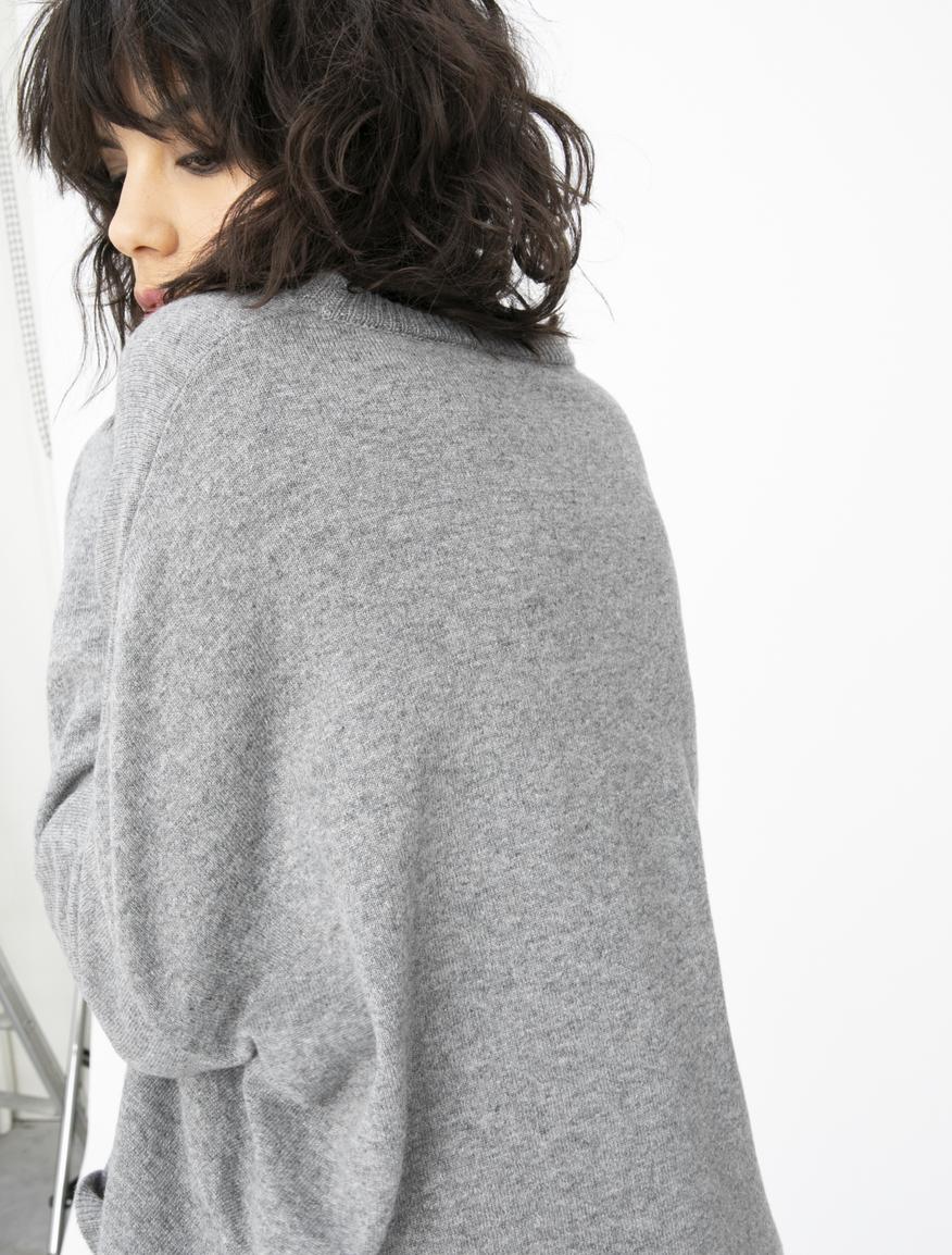 Cashmere-blend jumper