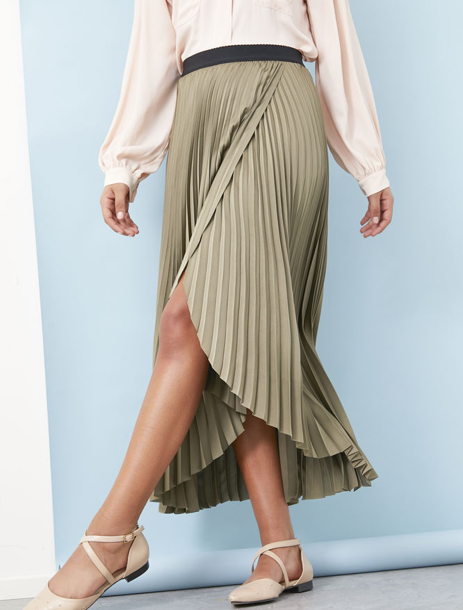 Pleated skirt iBlues