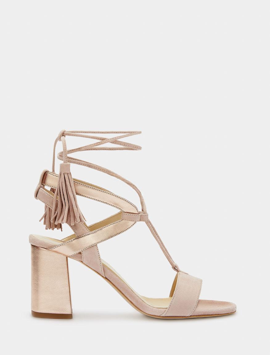 Sandali con lacci