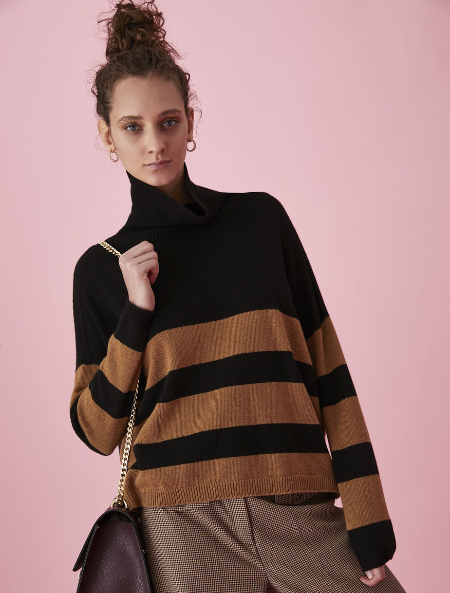 Cashmere-blend polo neck