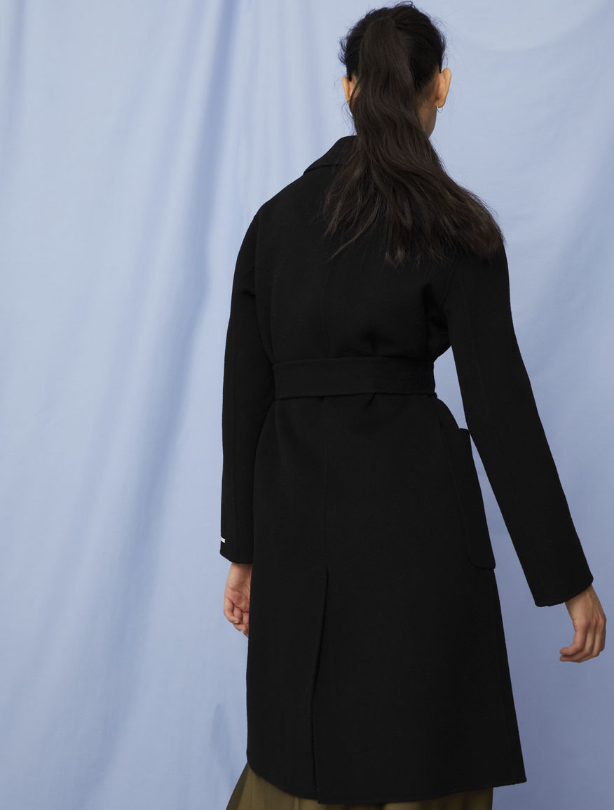 Relaxed-fit coat