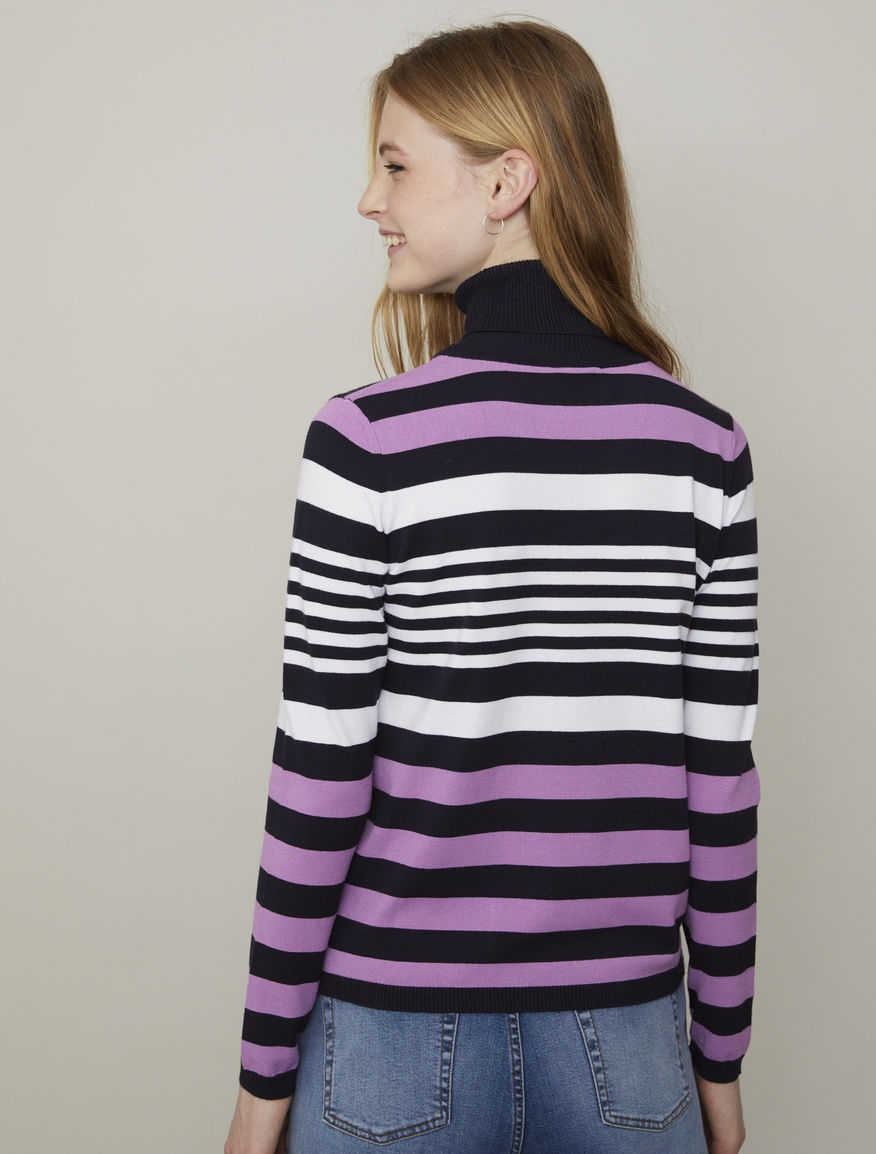 Fluid polo-neck sweater
