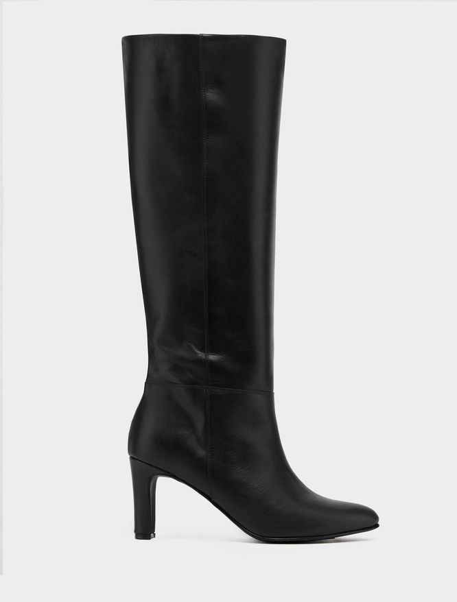 Leather boots iBlues